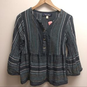 Francesca's small blue striped 3/4 sleeve shirt